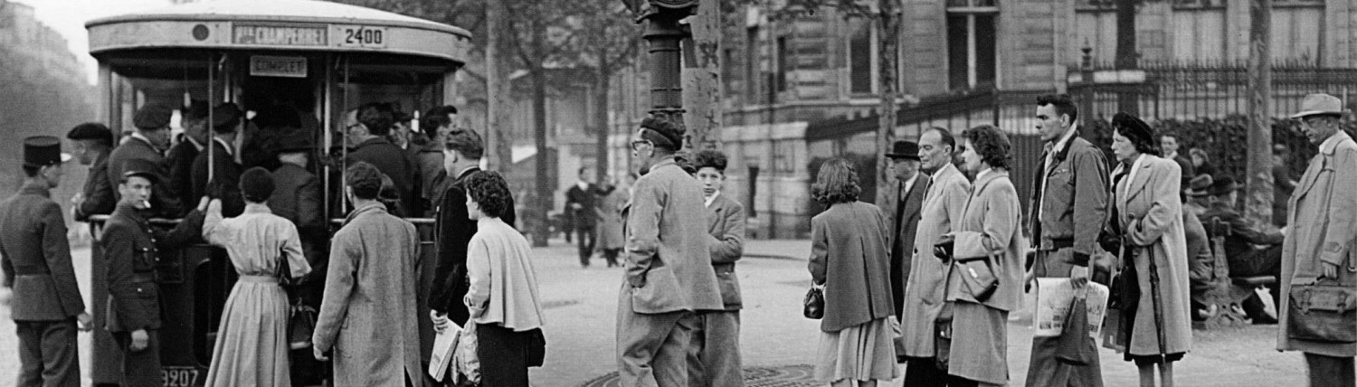 BLACKOUT, AUSTERITY AND PRIDE : Life in the 1940s